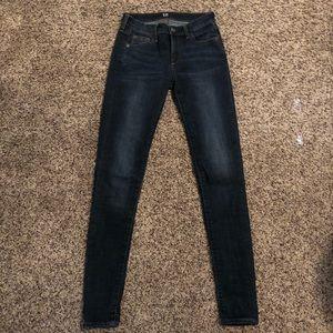 Gap True Skinny Jeans 26L